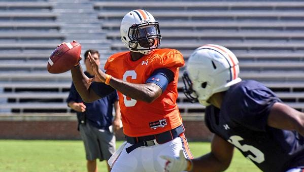 Quarterback Jeremy Johnson performs well during Auburn scrimmage.