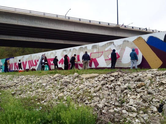 Des Moines Public Schools students created the mural