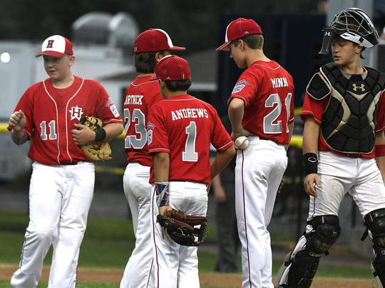 Holbrook Little League players during the Mid-Atlantic