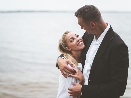 ESPN sideline reporter Olivia Harlan, daughter of sportscaster Kevin Harlan and granddaughter of Green Bay Packers Chairman Emeritus Bob Harlan, met Sheboygan native and Los Angeles Clippers player Sam Dekker through a friend. They live in Los Angeles but spend their summers in Wisconsin.
