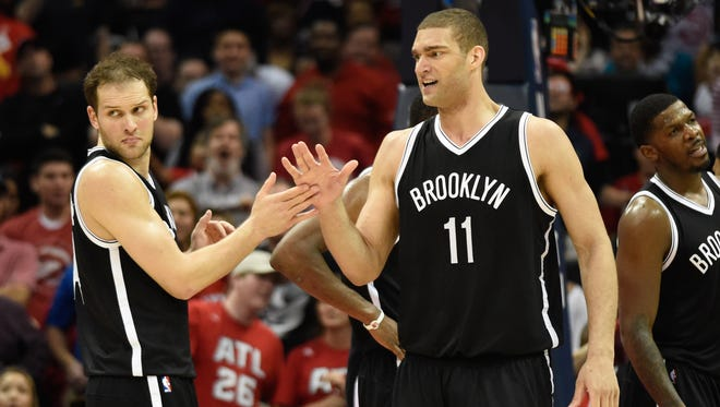 Brook Lopez has agreed to a deal to stay with Brooklyn.