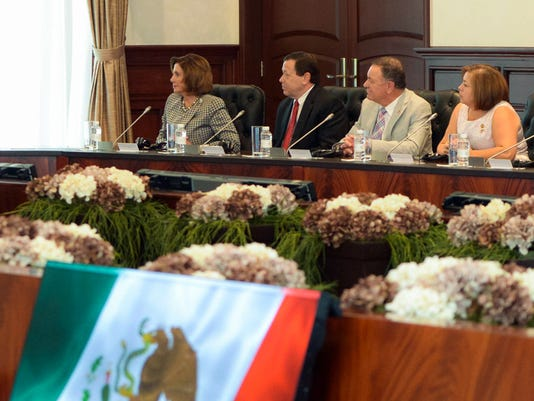 Hanna joins lawmakers in Mexico