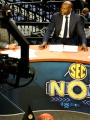 Tony Delk broadcasts from the SEC Men's Basketball
