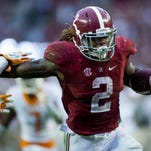 Alabama running back Derrick Henry scores the go-ahead touchdown late in the fourth quarter.