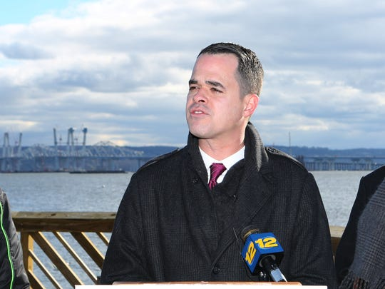 State Sen. David Carlucci in December 2016 calling on the Thruway Authority to keep their promise regarding a Tappan Zee Bridge toll task force.