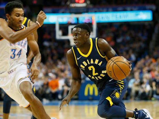 Indiana Pacers guard Darren Collison (2) drives around