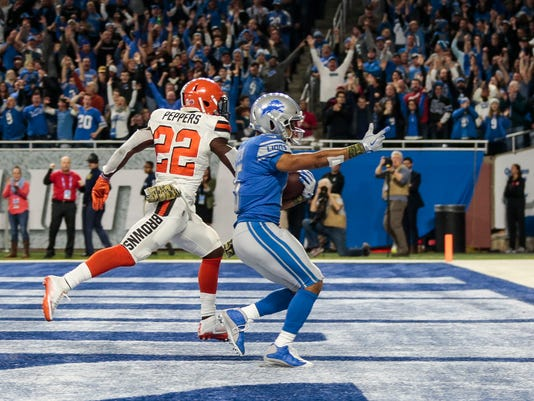 636461035306853622-111217-lions-browns-2ndhalf-5-.jpg