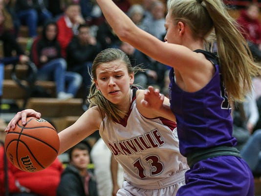 636507807665007852-0105-hs-girls-bball-Brownsburg-at-Danville-JRW05.JPG