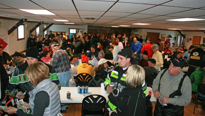 Part of the large crowd of members and guests at the 2014 Fish A Ree at the Townsend Town Hall.