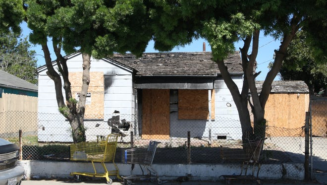 Salinas Neighbors United will offer a free seminar on Salinas code enforcement, which handles issues like abandoned vehicles, towering weeds, dilapidated homes and more.