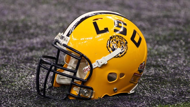 The LSU Tigers are trying to bring in the nation's top recruiting class.
