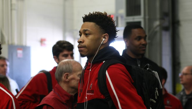 Khalil Davis and the rest of Austin Peay basketball arrive at Wells Fargo Arena in Des Moines, Iowa for the NCAA tournament.