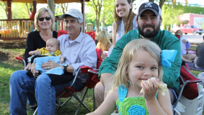 Live at Five at Town Square Park offers a variety of experiences from music to art to face painting and more in a family-friendly environment.
