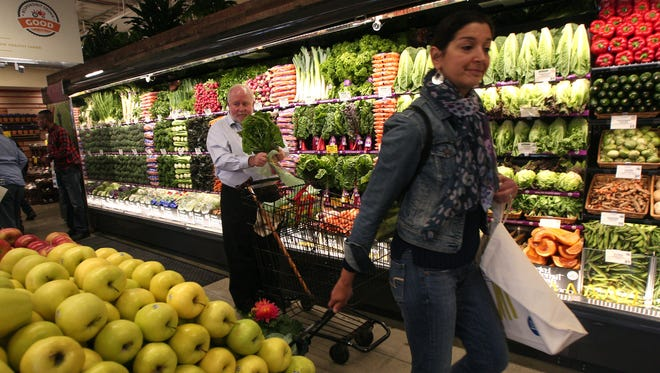 Whole Foods Market plans to open a store at 12th and Broadway in downtown Nashville.