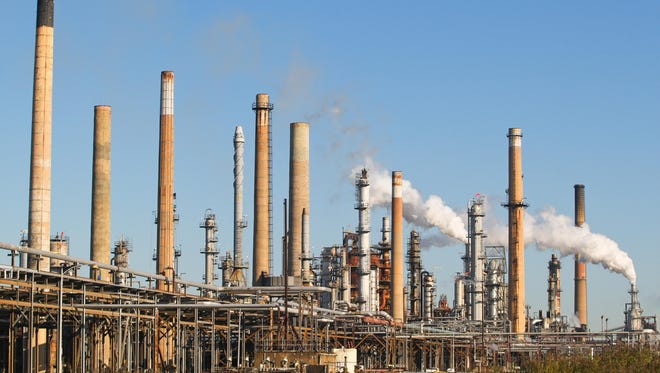 The Delaware City Refining Co. could face up to $270,000 in state fines for the unpermitted release of toxic chemicals into the air between mid-2013 and late 2015.