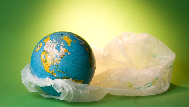 Arizona laws protect plastic bags, not innovative cities.