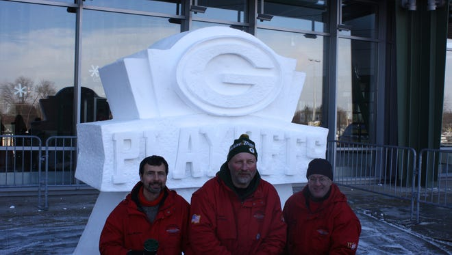 Team USA Snow Sculpture will work their magic outside Lambeau Field this weekend creating four Packers sculptures for Sunday's playoff game against the New York Giants.
