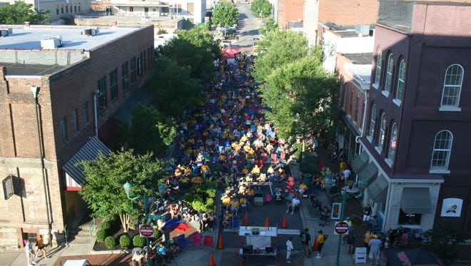 About 800 fans enjoy a Predators viewing party in downtown Clarksville on Wednesday.