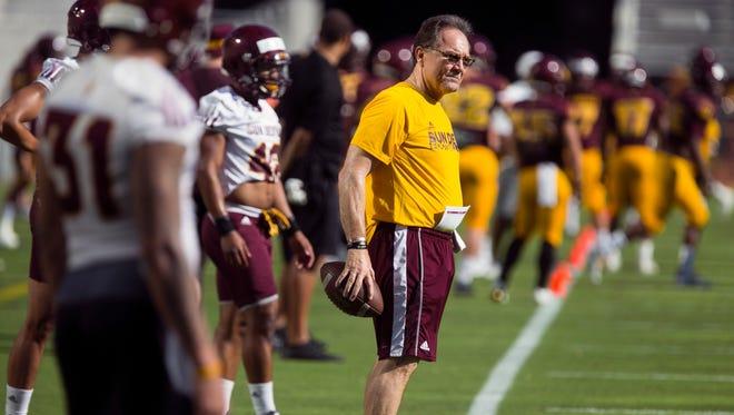 ASU defensive coordinator Phil Bennett.