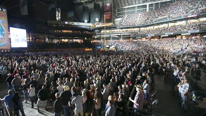 More than 47,000 fans packed Chase Field to see Kenny Chesney perform when his Spread the Love Tour came to Phoenix on May 7, 2016.