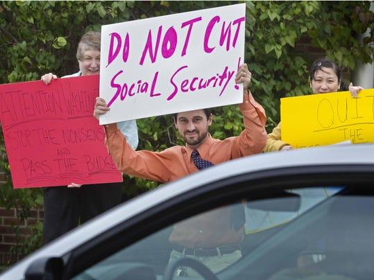 BUR 20131016 SOCIAL SECURITY C1