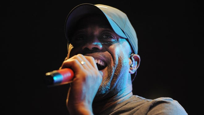 """Darius Rucker, former lead singer of """"Hootie & the Blowfish,"""" will sing the national anthem for the 100th running of the Indianapolis 500 on May 29, 2016, it was announced Wednesday."""