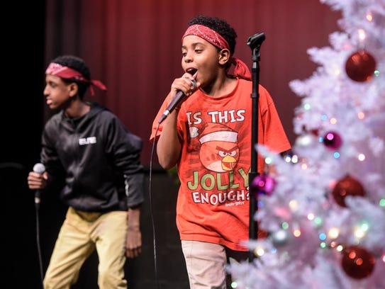 """Saciid Yusuf and Abdirisak Abdullahi perform """"Ice Squad"""""""