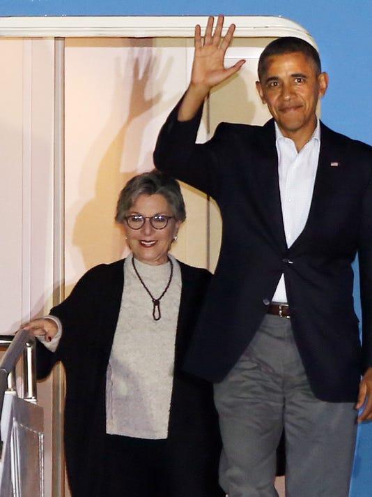 -TDS Obama Arrives1.jpg_20140214.jpg