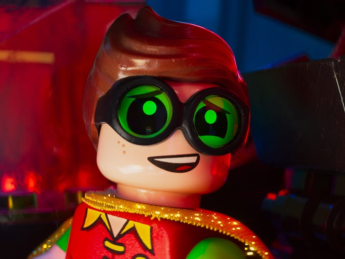 Comic-Con 2016: New LEGO Batman Movie Images Reveal Joker, Robin