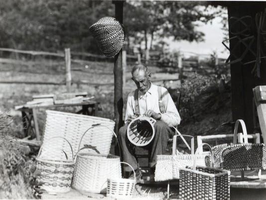 HISTORIC PEOPLE IN THE SMOKY MOUNTAIN AREA