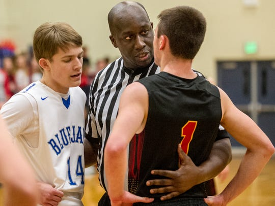 Bondurant-Farrar boys basketball team hosted Carlisle