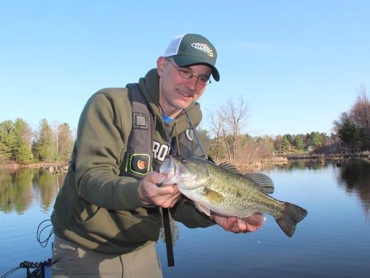 Lots of fish summery weather greet anglers at lake chetek for Fishing season wisconsin