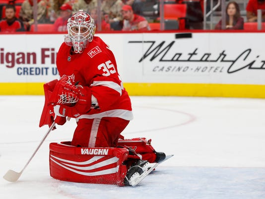 NHL: Vancouver Canucks at Detroit Red Wings