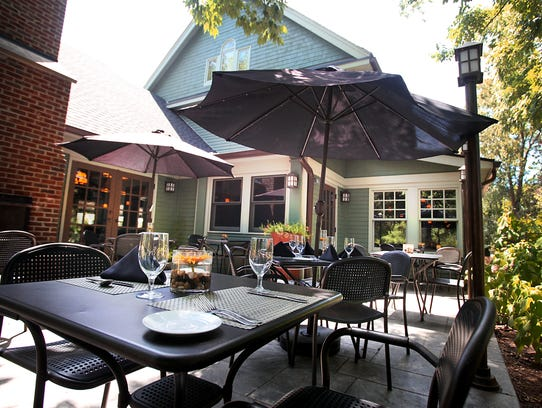 The comfortable outside dining area at Meridian Restaurant