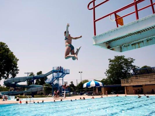 APC nr Menasha pool