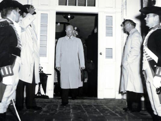 Eisenhower at wilson birthplace.jpg