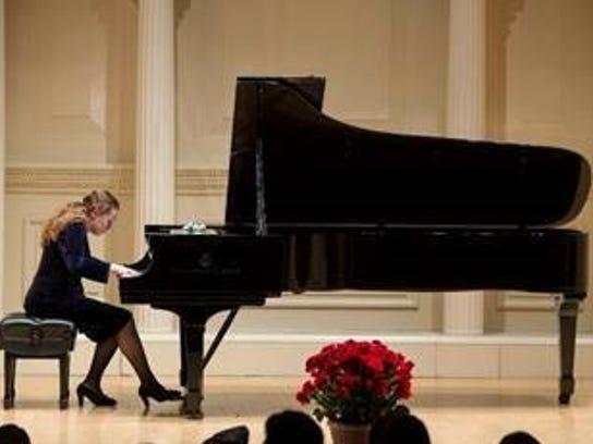 Liani Paniyeva will perform at the St. John's Concert