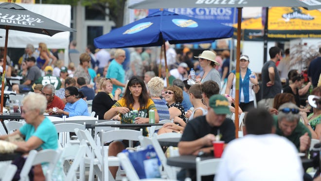 It's easy to work up an appetite from all the browsing and shopping at Artstreet.