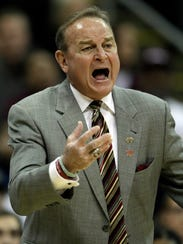 Mississippi State head coach Vic Schaefer directs his