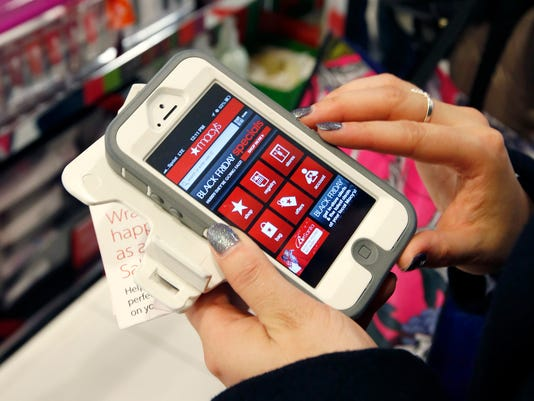 635846845503451897-Holiday-Shopping-Mobi-Tilk.jpg