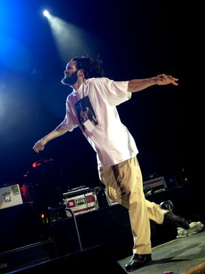Savion Glover performs during the Sixth Annual Jammy Awards at the Theater at Madison Square Garden Thursday, April 20, 2006 in New York.