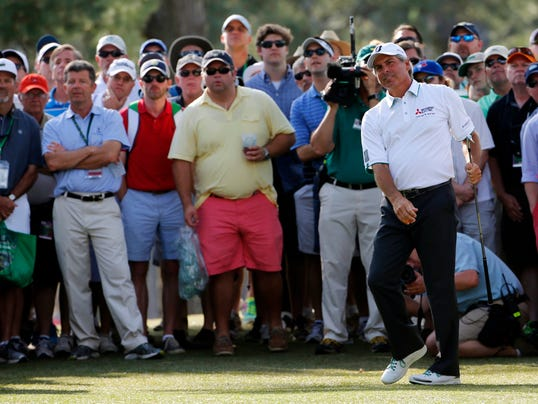 2014-4-11-fred-couples-masters-crowd-second-round