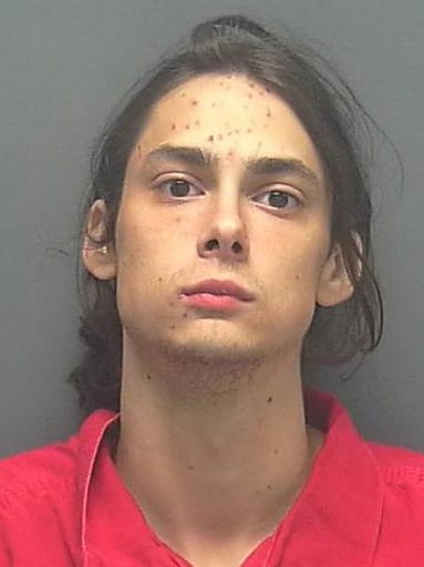 BARKER, MARSHALL ZACHARY DOB: 1992-12-24 Last Known Address:117 se 40th terrace CAPE CORAL FL 33904 Charges  HEROIN-SELL (SCHEDULE I)   COCAINE-POSSESS (POSSESS COCAINE)   MARIJUANA-POSSESS (POSSESS MARIJUANA OVER 20 GRAMS)   HEROIN-POSSESS (WITH INTENT TO SELL MFG OR DELIVER SCHEDULE I)   SYNTH NARCOTIC-POSSESS (WITH INTENT TO SELL MFG DELIVER SCHEDULE III)