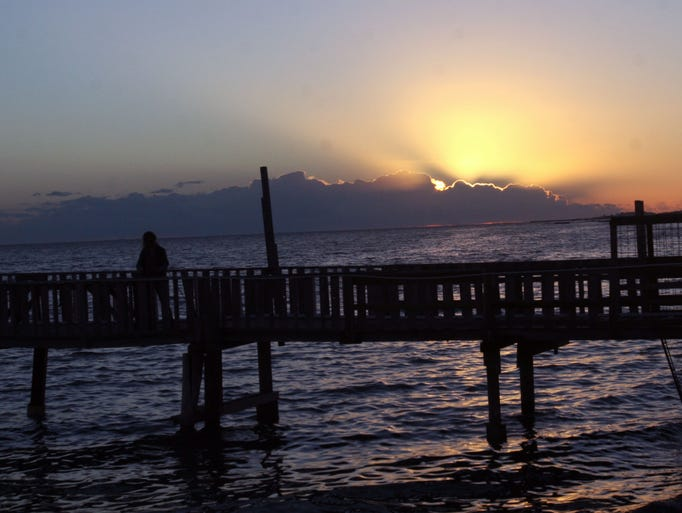 Top spots for pier jetty fishing from corpus christi to for Best fishing spots in corpus christi