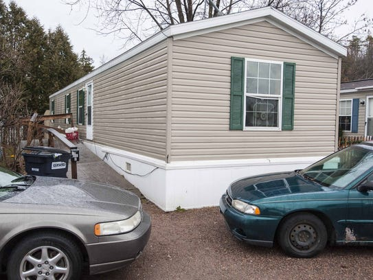 16 Avenue C In Farringtons Mobile Home Park Burlington