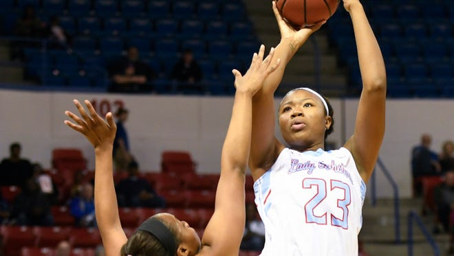 Reauna Cleaver and the Techsters play at Rice on Thursday night.