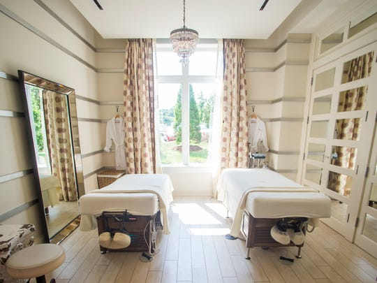 Guests can enjoy massages and facials, as well as manicures