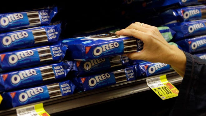 Two varieties of Oreo Fudge Cremes cookies have been recalled.