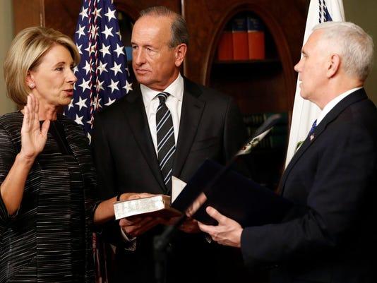 Trump Cabinet devos.jpg
