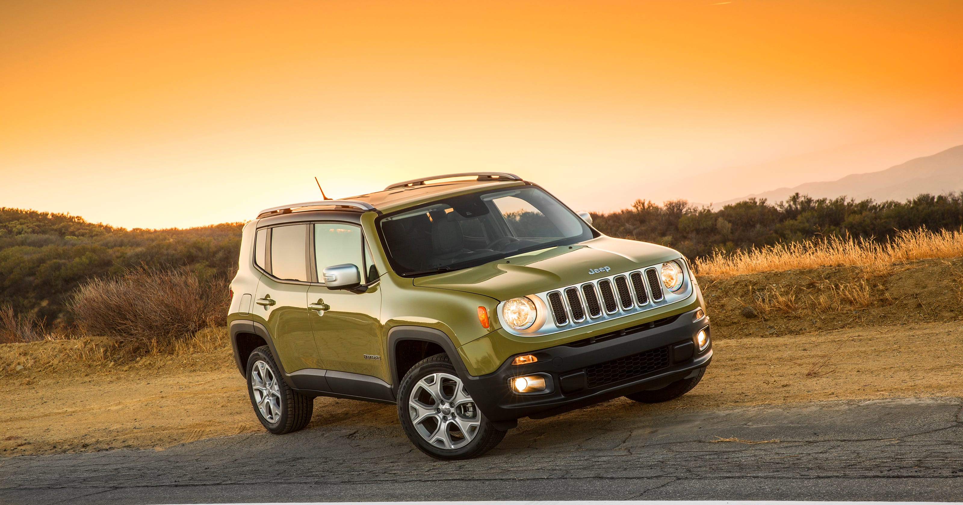 jeep takes rugged path for renegade suv. Black Bedroom Furniture Sets. Home Design Ideas